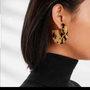 Tortoise Shell Acrylic Flat Hoop Earrings